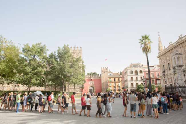 Alcazar cola de turistas Fco amador