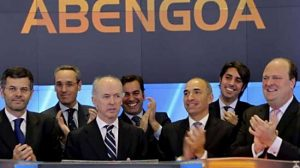 Felipe Benjumea, en el centro, en la salida a bolsa de Abengoa, en EEUU