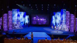 El escenario del Maestranza ya acoge los ensayos de la gala que tendrá lugar este sábado