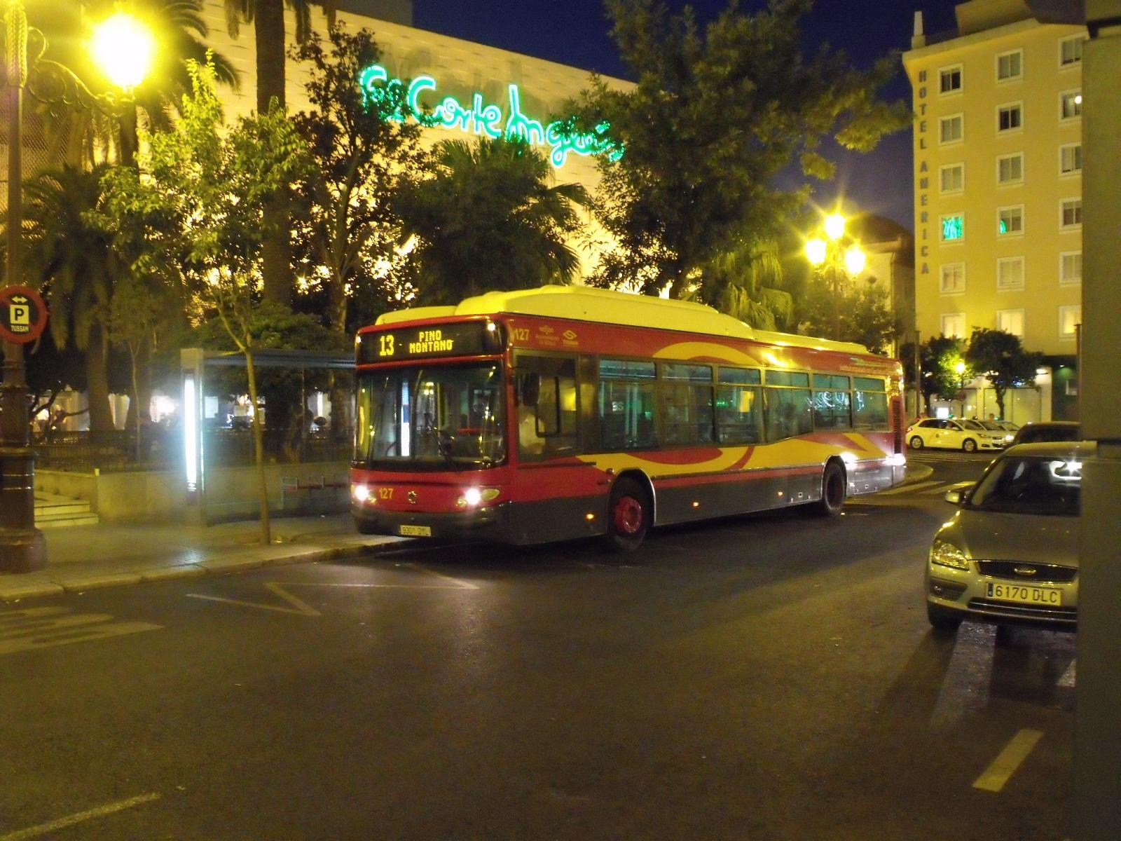 Uno de los autobuses de Tussam/ SA