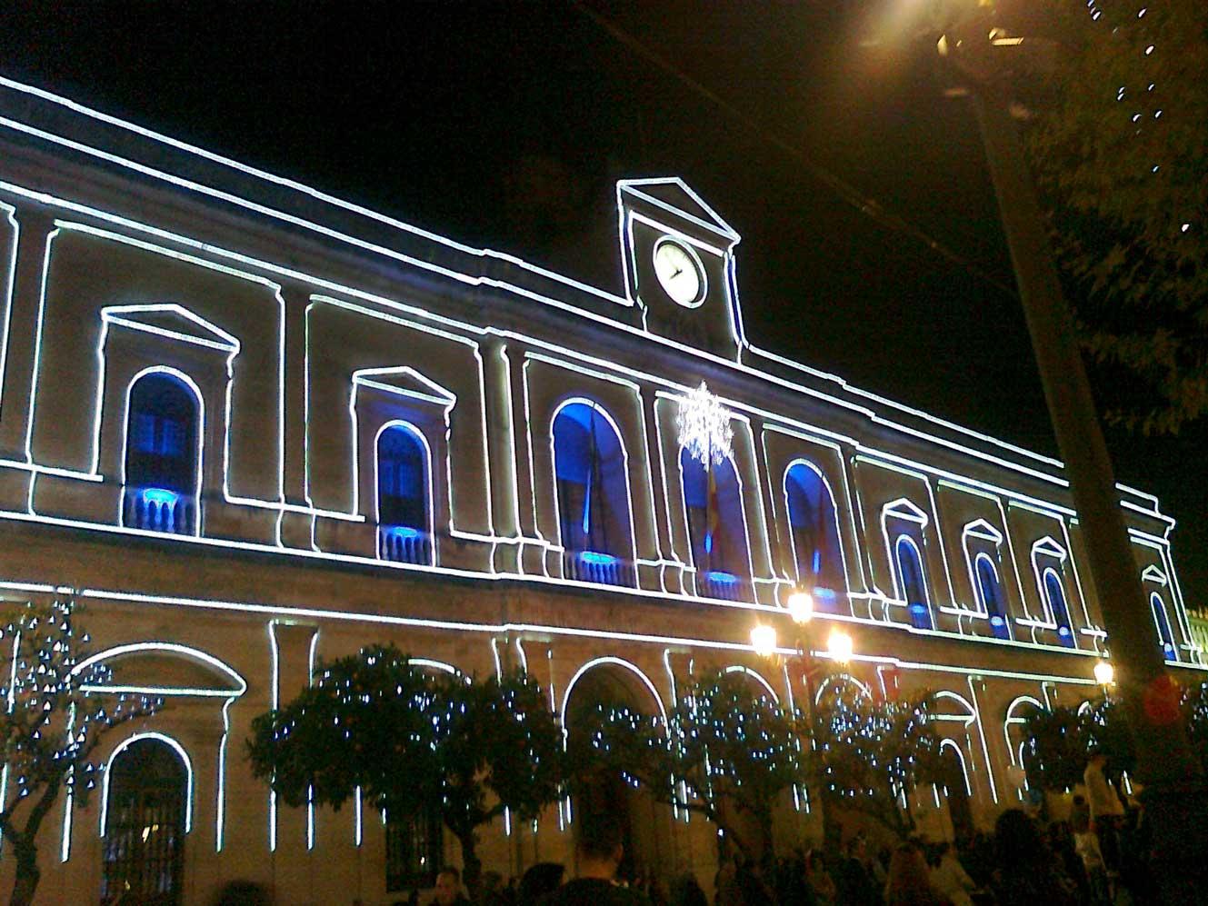 Fachada en Navidad de Ayuntamiento de Sevilla