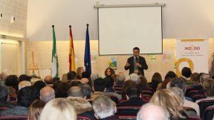 Alcalde en la reunión del Metro en Sevilla Este