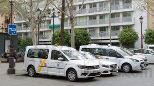 Fotografía recurso de Taxis aparcados