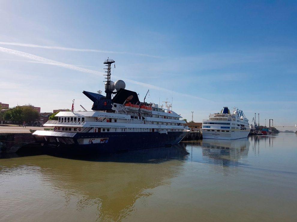 Puerto de Sevilla /SA