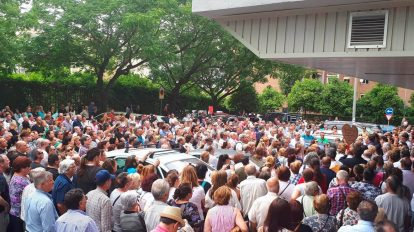 Concentración en Sevilla de afectados por Idental /Cedida
