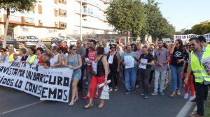 Manifestación de los vecinos de Bellavista /IU