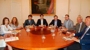 Reunión de la patronal con grupos municipales / CES