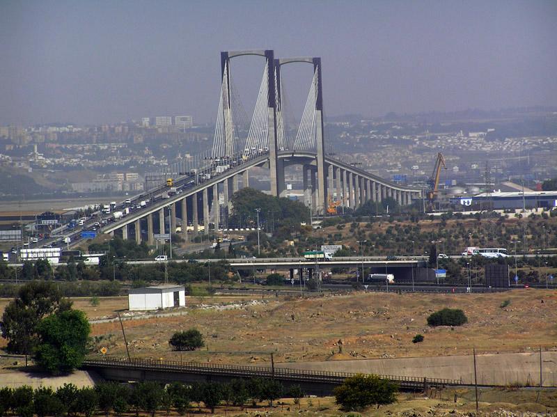 Puente del V Centenario /SA