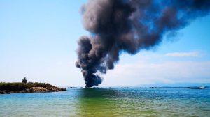La embarcación ardiendo /Cedida