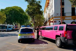 La limusina interceptada /@EmergenciasSev