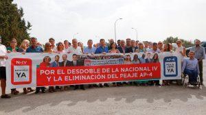 Concentración en Jerez contra el peaje de la AP4 /PP-A