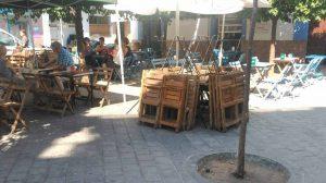 Veladores retirados en la Plaza de los Terceros /Ayto. Sevilla
