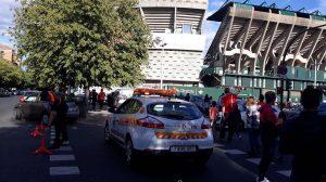 Dispositivo de seguridad ante el España-Inglaterra /@EmergenciasSev